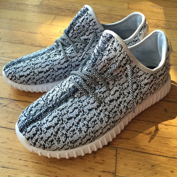 Fake but cute Yeezys!
