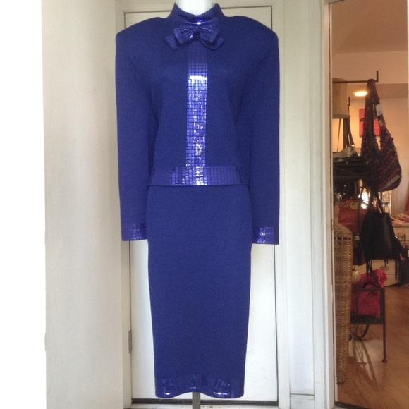 afdc84155a5a0 St. John Royal Blue Sparkle Bow Knit Skirt Suit. M 57afa7344225be48a1010659
