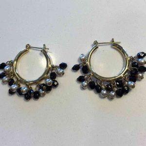 HOOP EARRINGS gold w/black & champagne beads