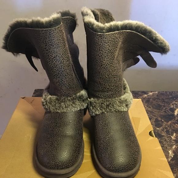 ugg boots sales decline