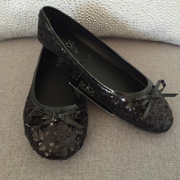 c5f1bd5f375 NWT Black Sequin Ballet Flats