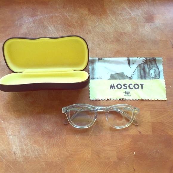 64f8ada2644 Moscot Accessories