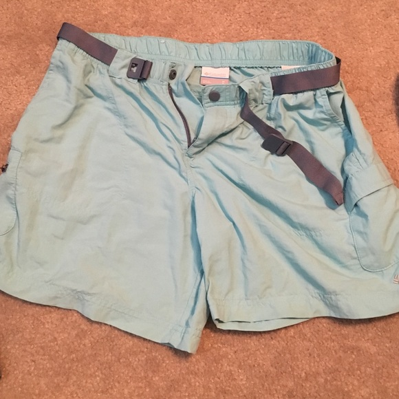 Columbia columbia fishing shorts nwot from jinny 39 s for Columbia fishing shorts