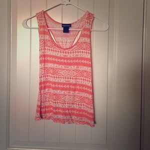 Peach and white Aztec print crop tank top