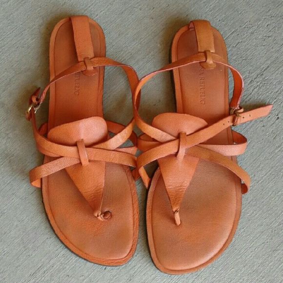Banana Republic Shoes - Banana Republic Leather Sandals