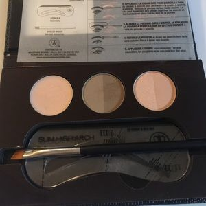 Anastasia Beverly Hills Makeup - Anastasia Brow & Eye palette