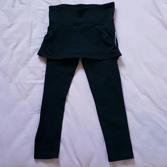 56 off new york company pants black skirt built in leggings from soo 39 s closet on poshmark. Black Bedroom Furniture Sets. Home Design Ideas