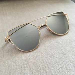 Accessories - Grey Mirror and Gold Sunglasses