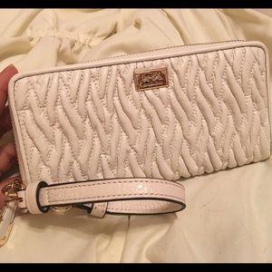 New Cream Coach Wristlet/Wallet