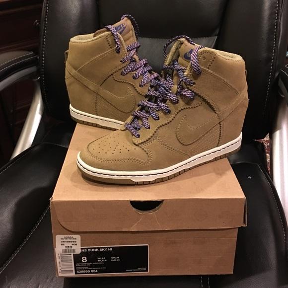 Nike Dunk Sky Hi Suede Tan Wedge Sneaker sz 8. M 57afe82f6a58304f2b04a486 d29dc6e479