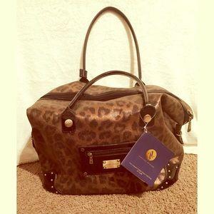 50 Off Adrienne Vittadini Handbags Quilted Diamond
