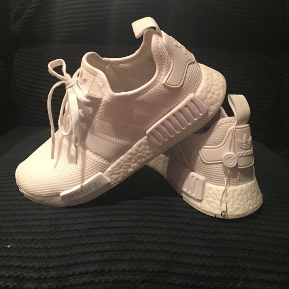 8270e2a7d Adidas nmd r1