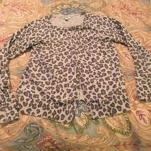 Old Navy Gray Cheetah Cardigan. Size M