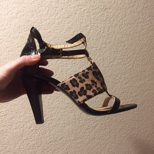 Nine West Shoes - Like NEW nine west Leopard strappy sandals