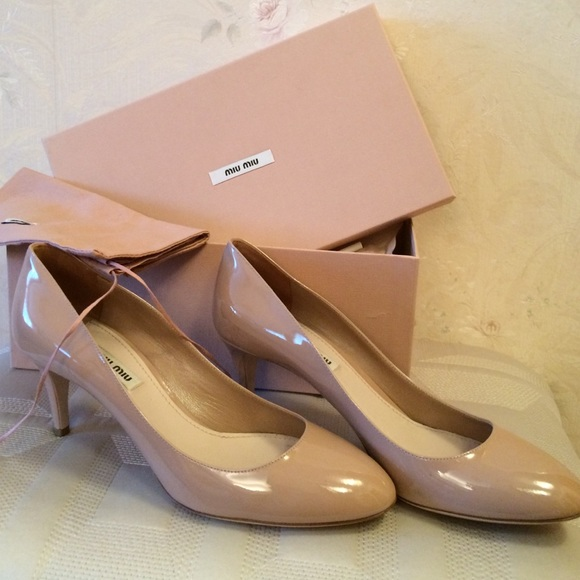 031eafd426a4 Miu-Miu nude patent leather heels size 39. M 57b07a9ceaf03003ca001da3