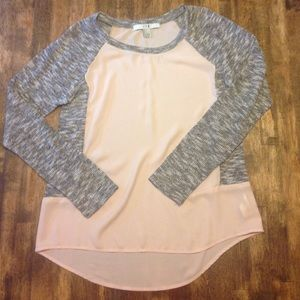 Sweaters - Tan & Grey shirt/sweater
