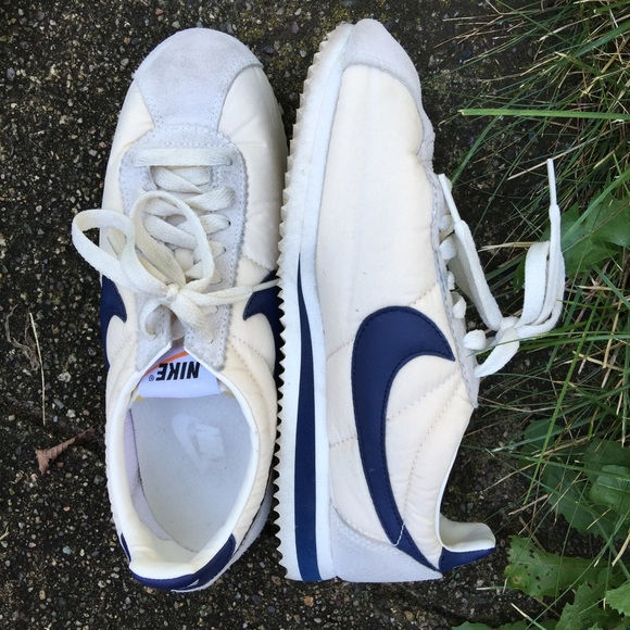best authentic 66d3e 7fdac J.Crew Nike Vintage Collection Cortez Sneaker