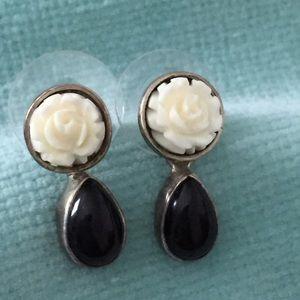 Jewelry - White Rose and Black Teardrop Earrings