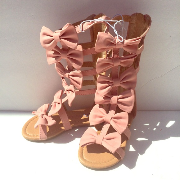 7dbd2470774 Toddler Girls gladiator sandals with bows