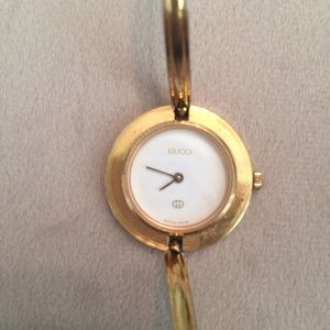 Gucci Accessories - Working Vintage Gucci Watch Interchangeable