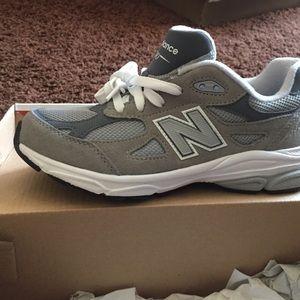 BRAND NEW- New Balance 990