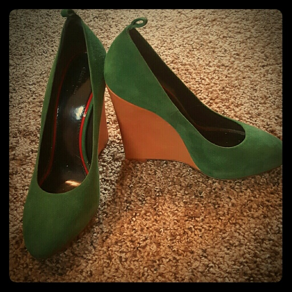 Celine Shoes - Beautiful green suede celine wedge
