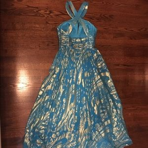 Beautiful Aidan mattox gown - size 6