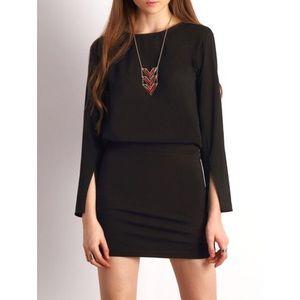 Dresses & Skirts - Black Split Sleeve Keyhole Back Dress