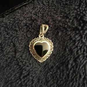 Sterling black onyx and marcasite heart pendant!