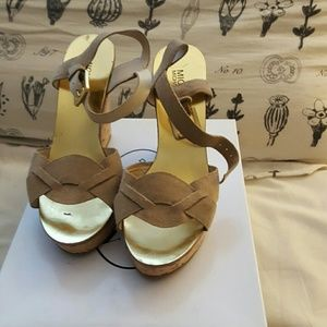 Wedge leather shoes