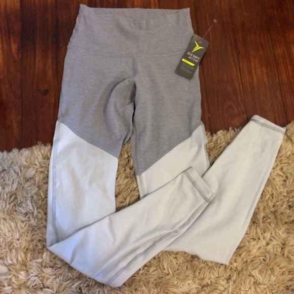 9ee7c1198a Old Navy Pants | Active Colorblock Yoga Leggings | Poshmark