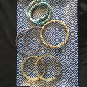 Jewelry - Multiple bangles