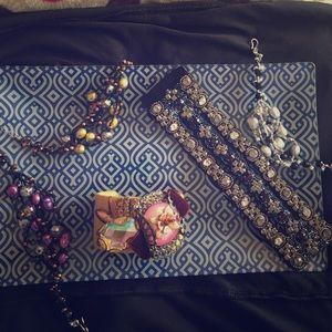 Jewelry - Vintage bracelets