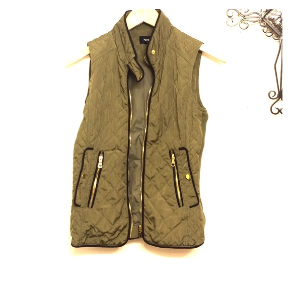 Olive Green Fate Vest, Size Small