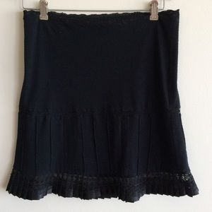 LISTINGBetsey Johnson Lace Skirt
