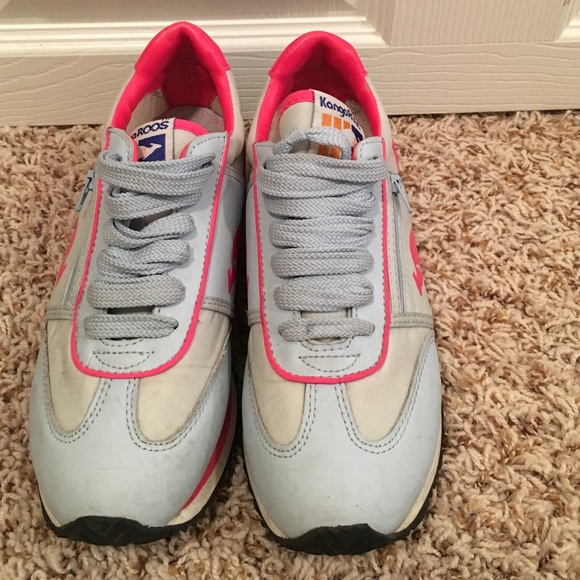 Wonderful Kangaroo Tennis Shoes New Balance 860 Womens Running