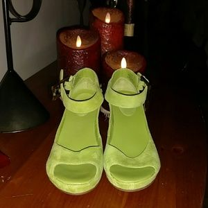 Johnston & Murphy Shoes - Only used twice! LIME GREEN WEDGES,