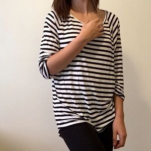 Striped DIVIDED Top