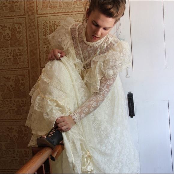 Jessica Mcclintock Gunne Sax Wedding Dresses | Elegant Weddings