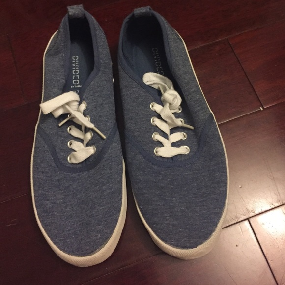 33 h m shoes blue canvas sneakers from s