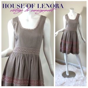 Jessica Simpson Dresses & Skirts - JESSICA SIMPSON Taupe Gray Cotton Frock