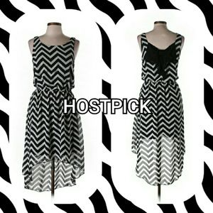 HeartSoul Dresses & Skirts - NWOT {HeartSoul} B&W Chevron Dress