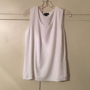 August Max Tops - August Max sleeveless sweater