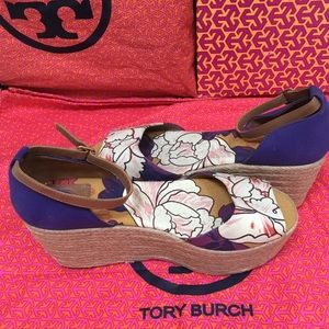 🆑🆑New  Authentic  Tory Burch Shoes