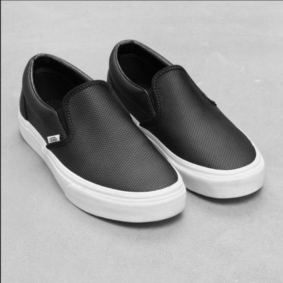 18a7b1f9c26 VAN S women s Asher slip on sneaker black. M 57b1f62ec28456bef3006020