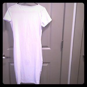 Dresses & Skirts - White body con dress