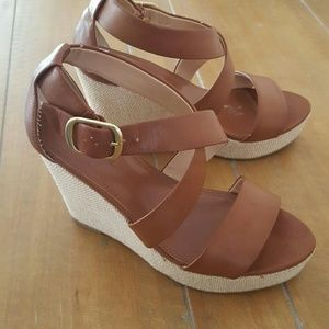 Banana Republic Woven Platform Wedges size 7