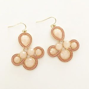 Jewelry - Lou Lou Boutique Earrings.