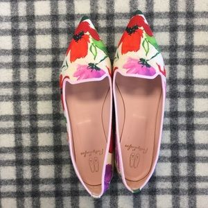 Pretty Ballerinas Shoes - Pretty Ballerinas Pointy Toe Floral Flats