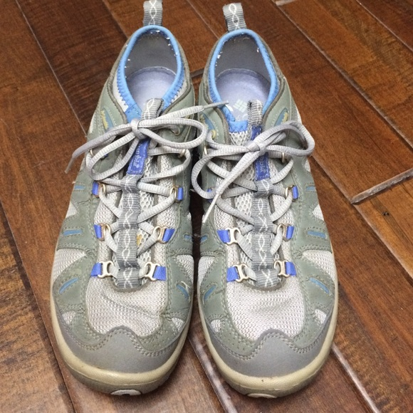 Grey & periwinkle Columbia River Trainers